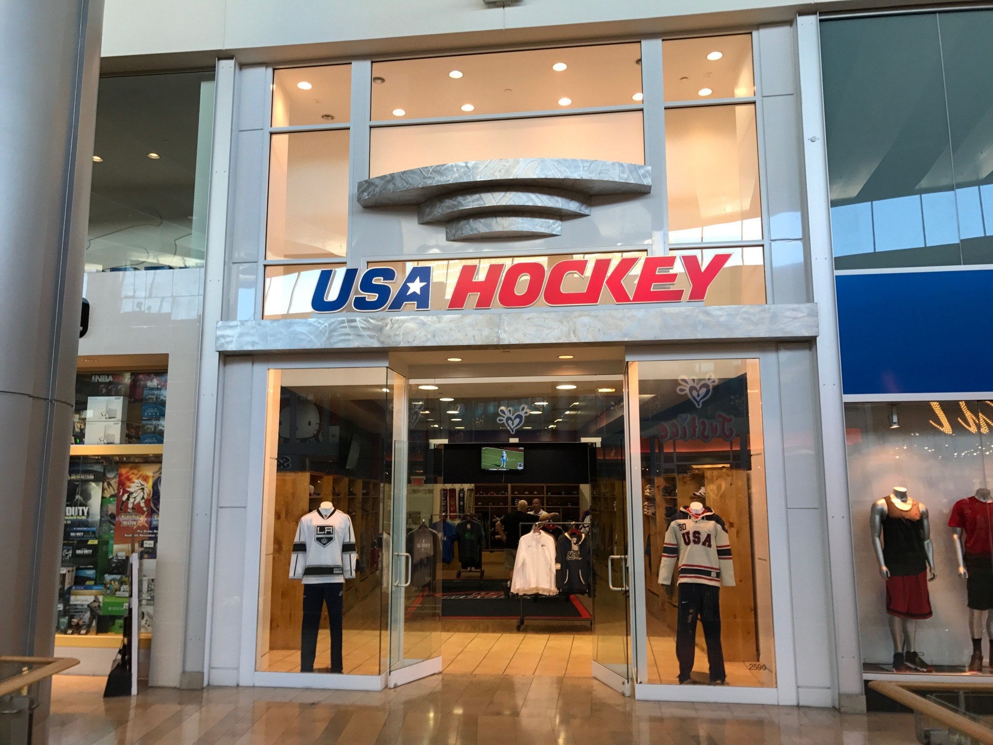 check out 43bae ca3a4 USA Hockey Store Opens At Fashion Show Mall - SinBin.vegas